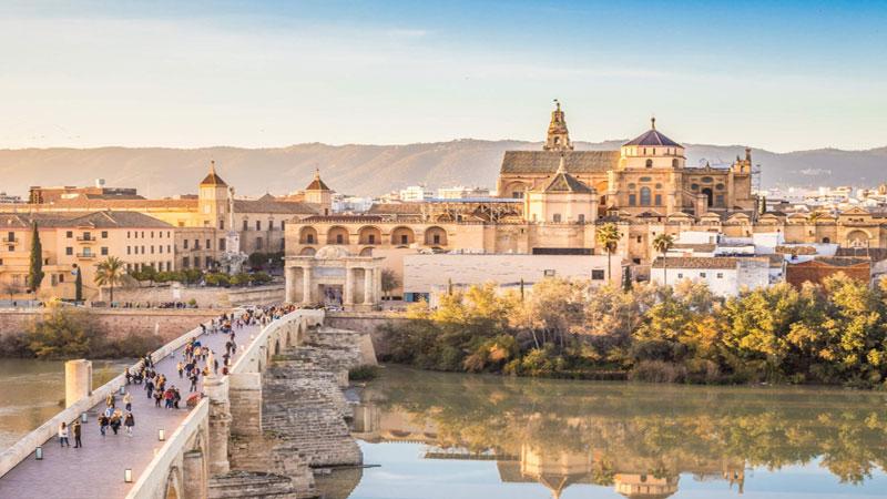 3 Kota Di Spanyol Yang Wajib Di Kunjungi Saat Travelling