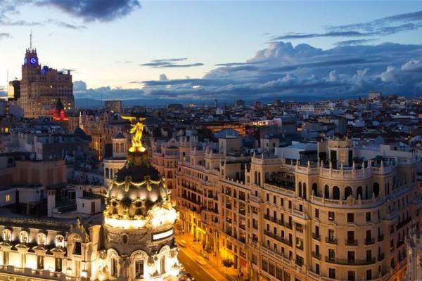 4 Alasan Spanyol Menjadi Traveling Eduwisata Paling Terkenal
